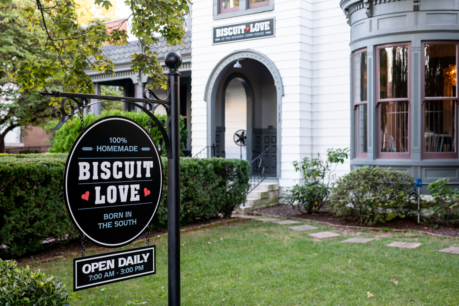 The front of Biscuit Love, Franklin