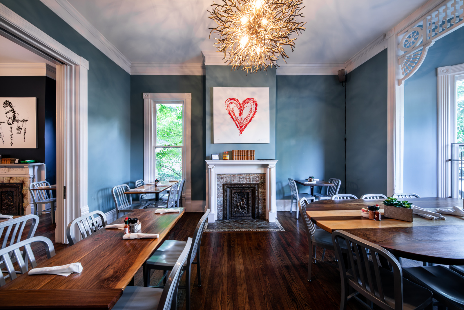 A dining room in Biscuit Love Franklin